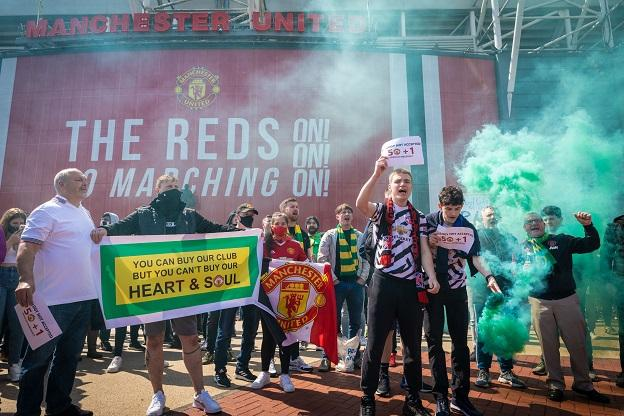 Ole Gunnar Solskjaer: Manchester United boss says fan protests have affected team thumbnail
