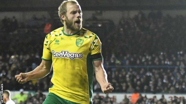 Teemu Pukki celebrates a Norwich City goal