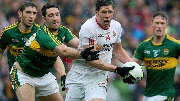 Tyrone captain Sean Cavanagh confirms he will play on next season
