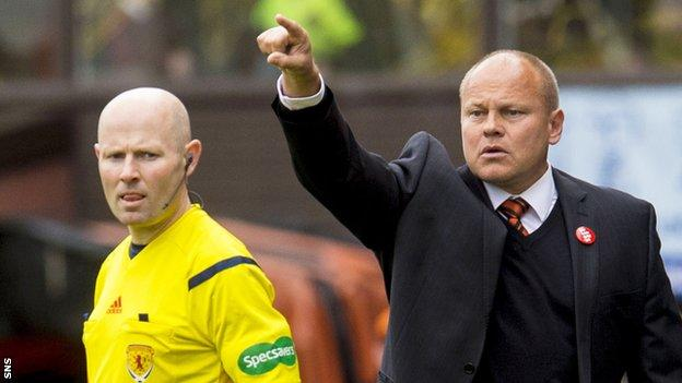 Mixu Paatelainen's reign at Dundee United got off to a losing start against Hearts