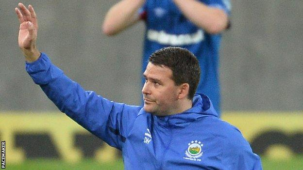David Healy acknowledges Linfield supporters after Thursday's sensational win