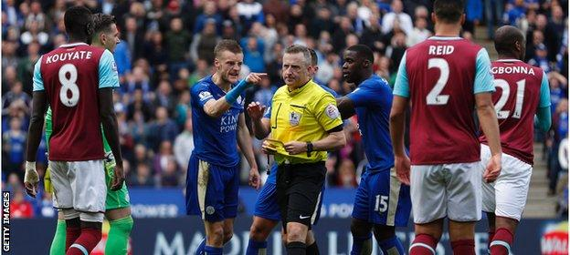 Vardy reacts angrily to his red card in the 56th minute