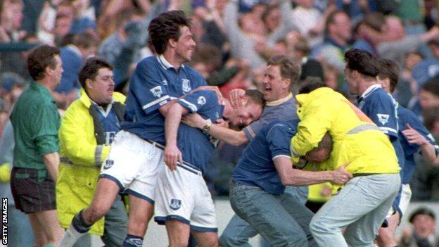 Everton celebrate avoiding Premier League relegation in 1994