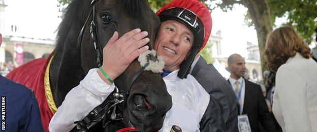 Frankie Dettori and Golden Horn after winning the Qatar Prix de l'Arc de Triomphe