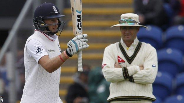 Joe Root (left) and Michael Clarke (right)