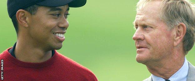 Tiger Woods and Jack Nicklaus in 2001