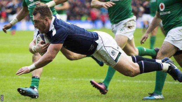 Stuart Hogg scores his second try for Scotland