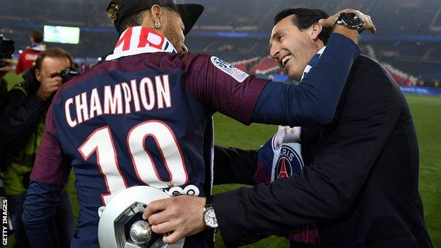 Unai Emery with Neymar
