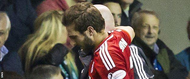 Aberdeen defender Graeme Shinnie