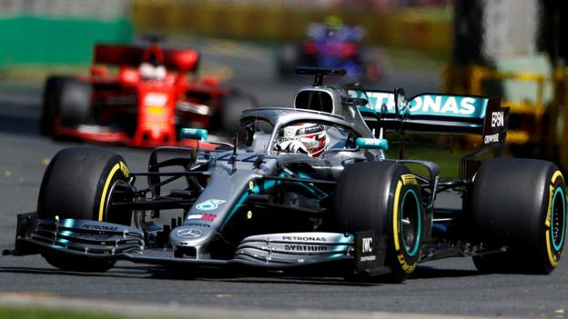 Lewis Hamilton fastest in Formula 1's Australian GP practice thumbnail