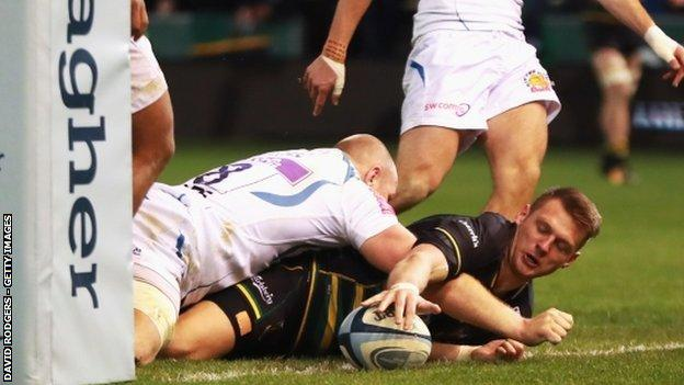Wales 10 Dan Biggar followed his eight successful kicks at Worcester a week earlier with another 14-point haul for the Saints