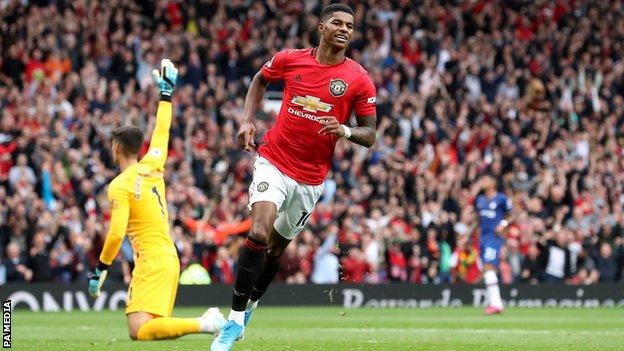 Manchester United 4 0 Chelsea Marcus Rashford Stars In Fine Win Bbc Sport