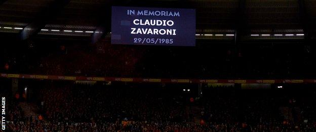 The scoreboard at the game between Belgium and italy remembering those who lost their lives in the Heysel Stadium disaster