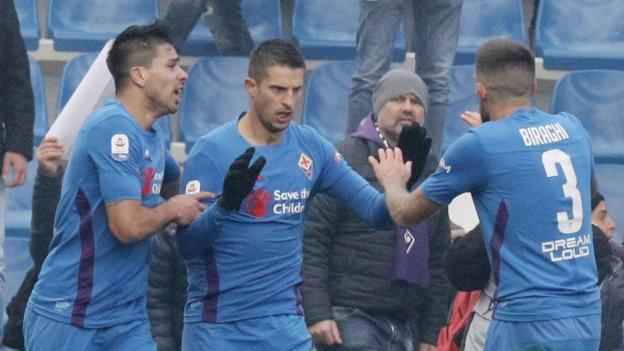 Sassuolo 3-3 Fiorentina: Kevin Mirallas scores late equaliser in drama-filled match - BBC Sport