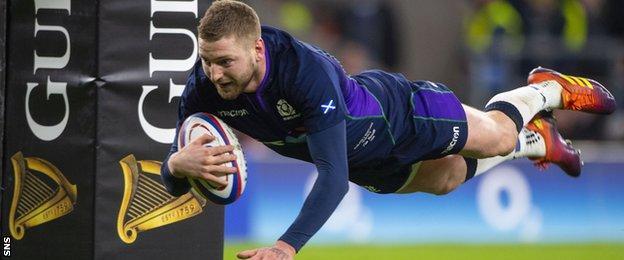 Finn Russell scores Scotland's fifth try at Twickenham