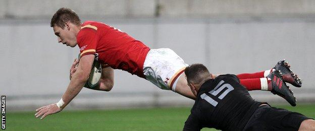 Liam Williams scored Wales' penultimate try against New Zealand in Wellington