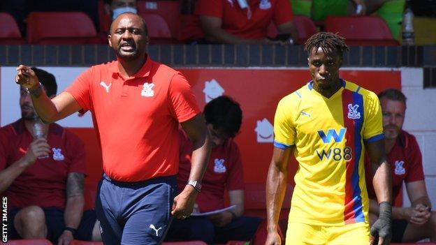 Vieira ha iniziato con successo come manager del palazzo dopo aver sostituito Roy Hodgson