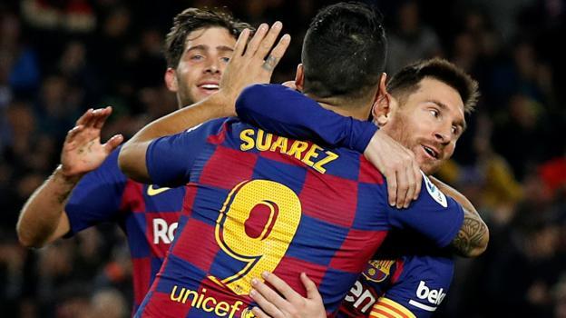Barcelona 5-2 Mallorca: Lionel Messi hat-trick sends Barcelona top thumbnail