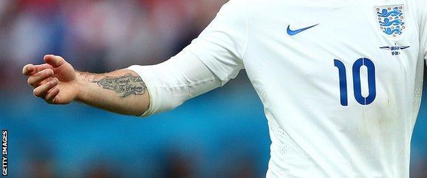 Wayne Rooney's Stereophonics tattoo