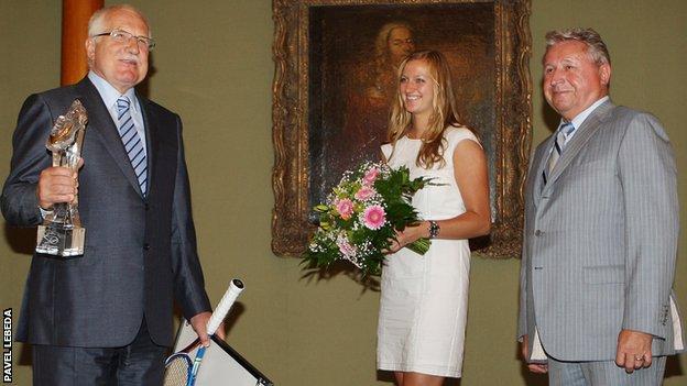 Petra Kvitova and Miroslav Cernosek meet then president Klaus