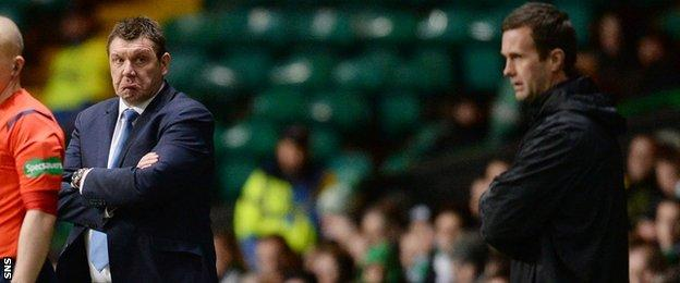 St Johnstone manager Tommy Wright and Celtic's Ronny Deila