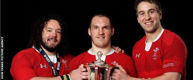 Adam Jones, Gethin Jenkins and Ryan Jones with the Six Nations trophy