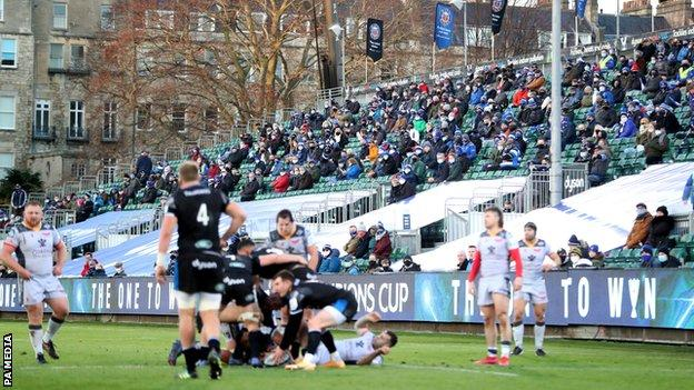 The Rec saw 2,000 fans allowed in to watch Bath take on Scarlets