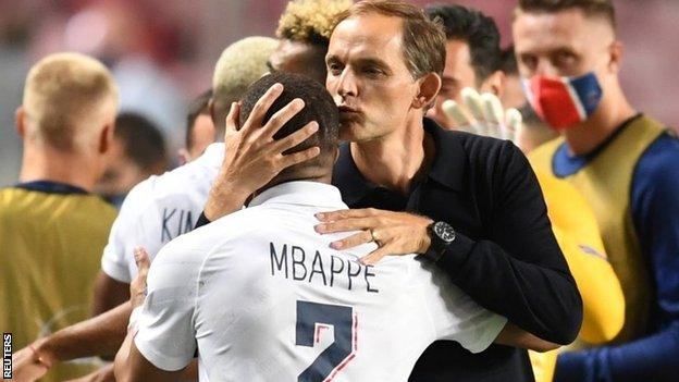 Good nature news Thomas Tuchel kisses Kylian Mbappe