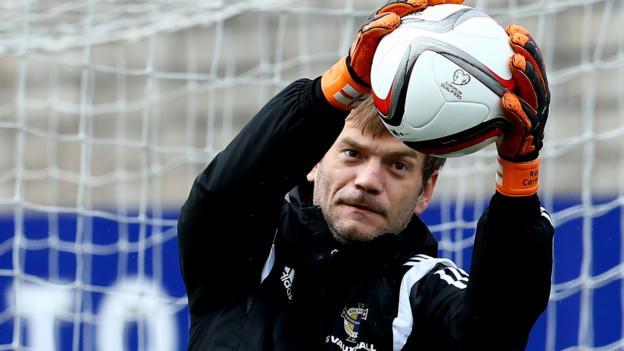 Roy Carroll: Linfield sign Northern Ireland keeper - BBC Sport