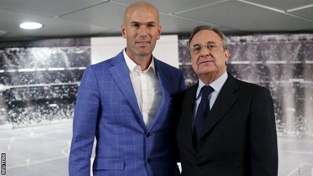 Zinedine Zidane (left) and president Florentino Perez