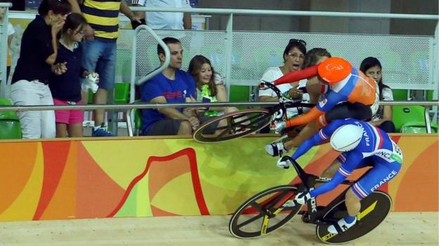 Laurine van Riessen of Netherlands and Virginie Cueff of France crash