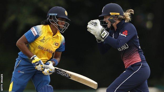 England wicketkeeper Sarah Taylor celebrates the wicket of Sri Lanka's Chamari Atapattu