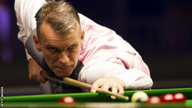 Mark Davis at the English Open in Crawley