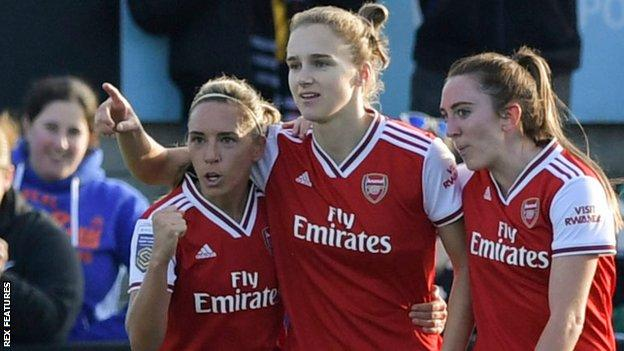 Vivianne Miedema scored the only goal as Arsenal beat Man City
