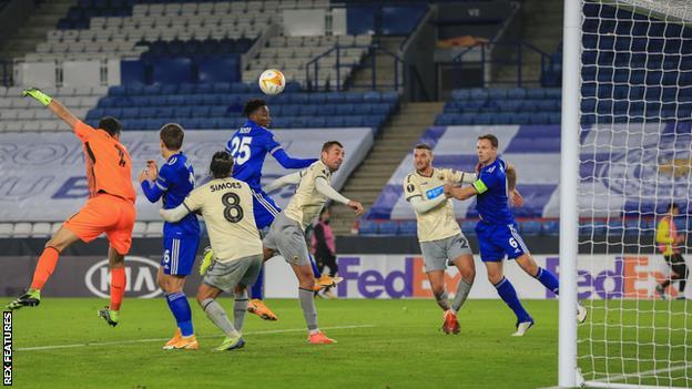 Leicester City, AEK Athens ile Avrupa Ligi G Grubu beraberliği sırasında bir şans yarattı