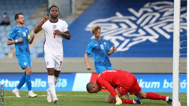 England Pip Iceland 1-0 After Dramatic End — UEFA Nations League