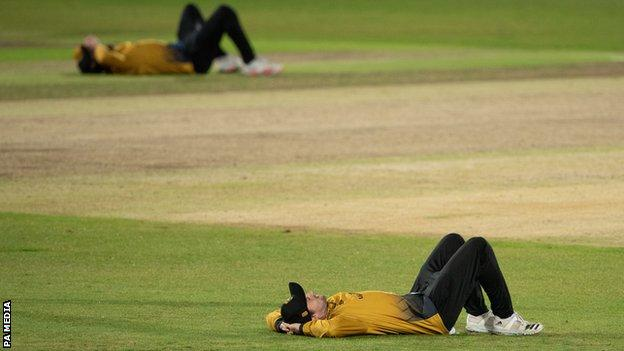 Leicestershire Foxes despondent at end of Notts Outlaws quarter-final