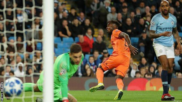Lyon take the lead against Manchester City in the Champions League