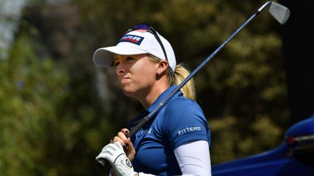 Australian Open: England's Jodi Ewart Shadoff co-leads after bogey-free first round thumbnail