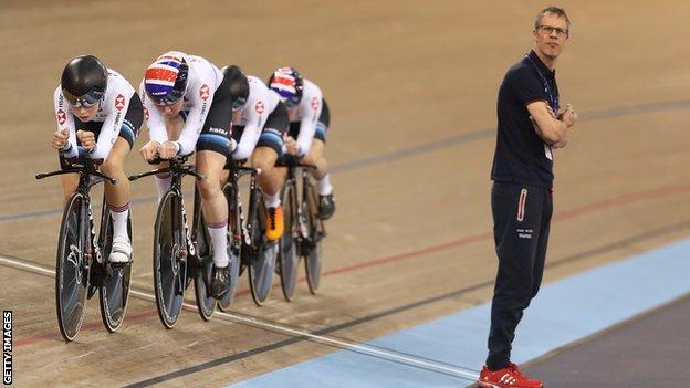 Manning quits as GB women's endurance coach thumbnail