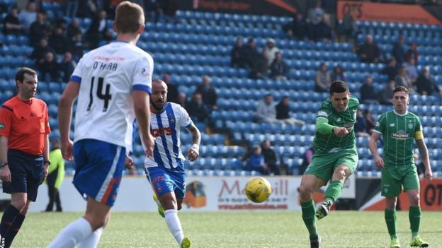 Tom Rogic scores for Celtic against Kilmarnock