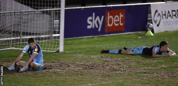 Paul Mullin and Joe Ironside reflect on Cambridge's defeat at Harrogate Town