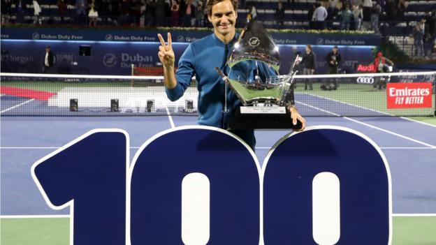 Roger Federer - 4 - Page 7 _105868566_roger_federer_100_getty