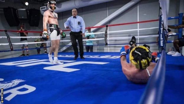 Conor McGregor and Paulie Malignaggi sparring session