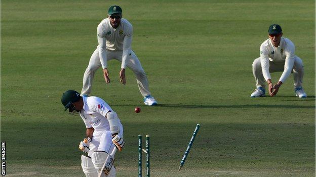 Abid Ali is bowled by Kagiso Rabada