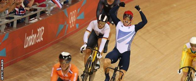 Sir Chris Hoy takes gold in the keirin at the Olympics in London