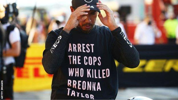 Lewis Hamilton: FIA to change rules on anti-racism shirts thumbnail