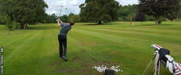 Ashley Chesters practises at Hawkstone Park