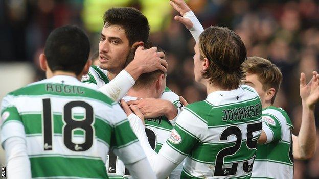 Celtic celebrate Nir Bitton's goal against Hearts