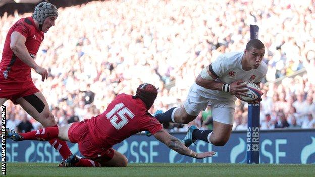 Luther Burrell scores against Wales in England's 2014 Six Nations win